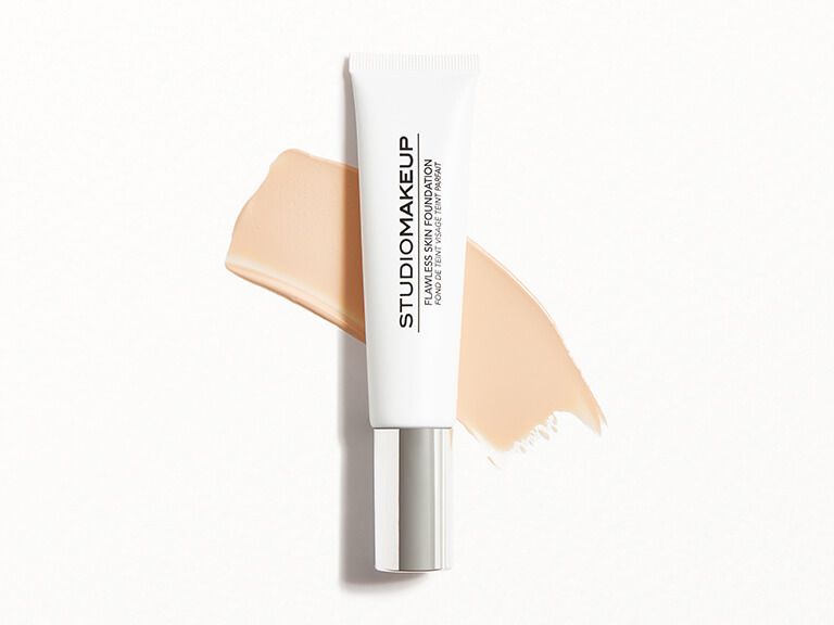 STUDIOMAKEUP Flawless Skin Foundation in Oat