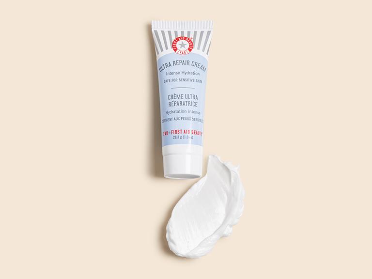 First Aid Beauty Ultra Repair Cream_4363