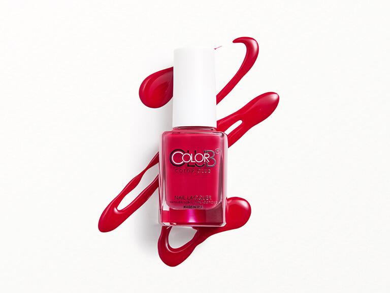 COLOR CLUB Nail Polish in Regatta Red