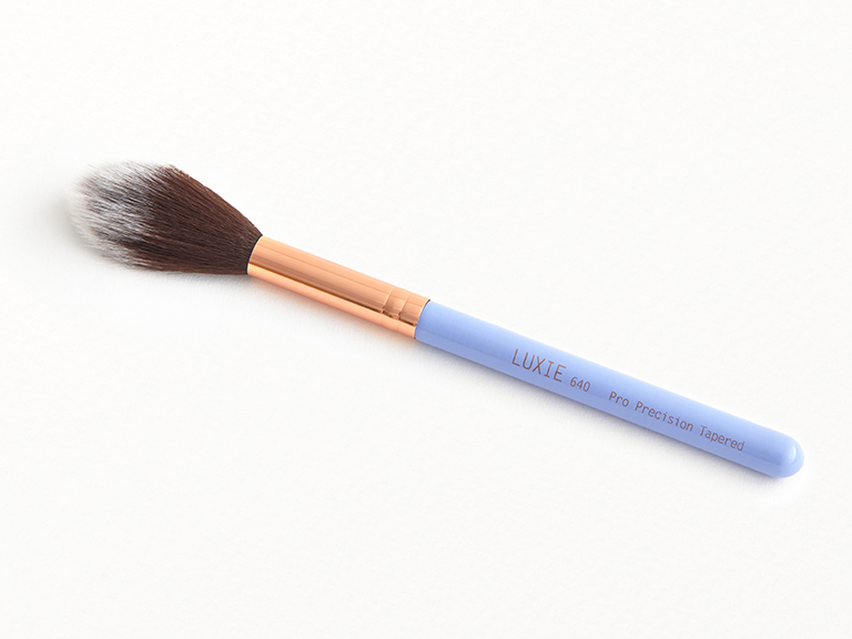 Luxie Beauty Periwinkle Pro Precision Tapered Brush