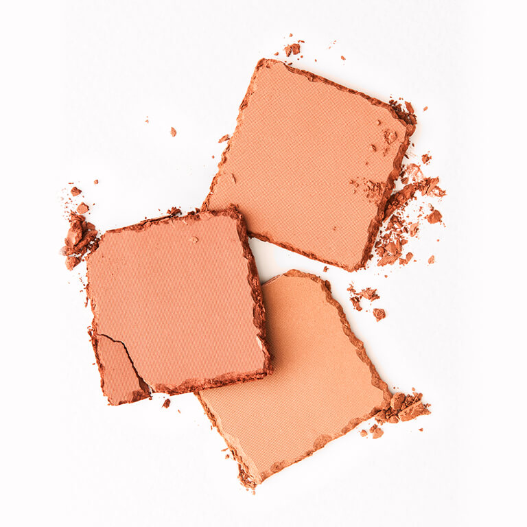 57_How_to_Apply_Bronzer_01