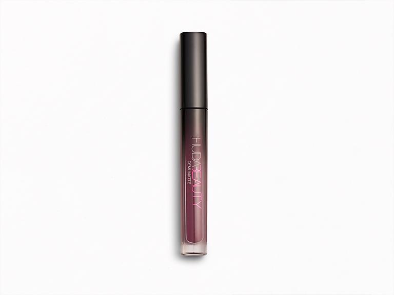 HUDA BEAUTY Demi Matte Cream Lipstick in Catwalk Killa