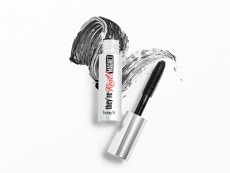 BENEFIT COSMETICS They re Real Magnet Mascara