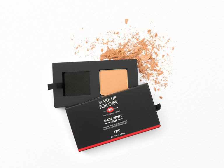 MAKE UP FOR EVER Matte Velvet Skin Blurring Powder Foundation in shade Y315 with swatch