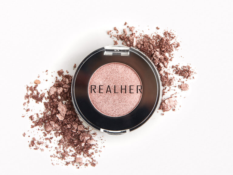 REALHER Eyeshadow in Victorious