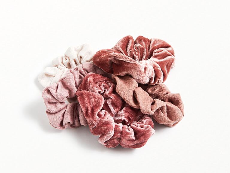 KITSCH Velvet Scrunchies in Blush-Mauve