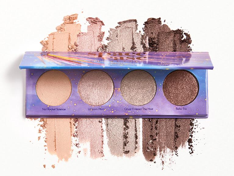 SPACE CASE Custom Eyeshadow Palette