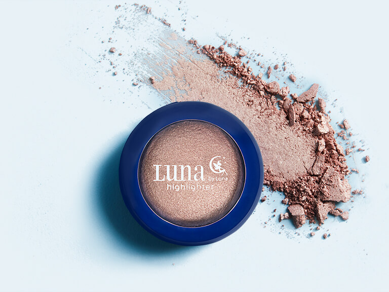 Luna by Luna Cosmetics Baked Highlighter in ELECTRA_BG0115